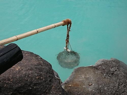 塩化物泉で茹でる卵