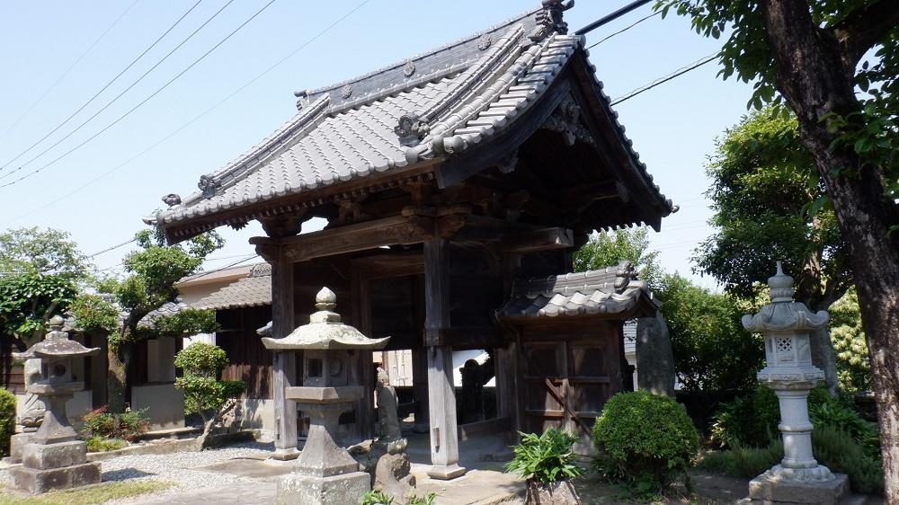 堀田温泉にある歴史あるお寺