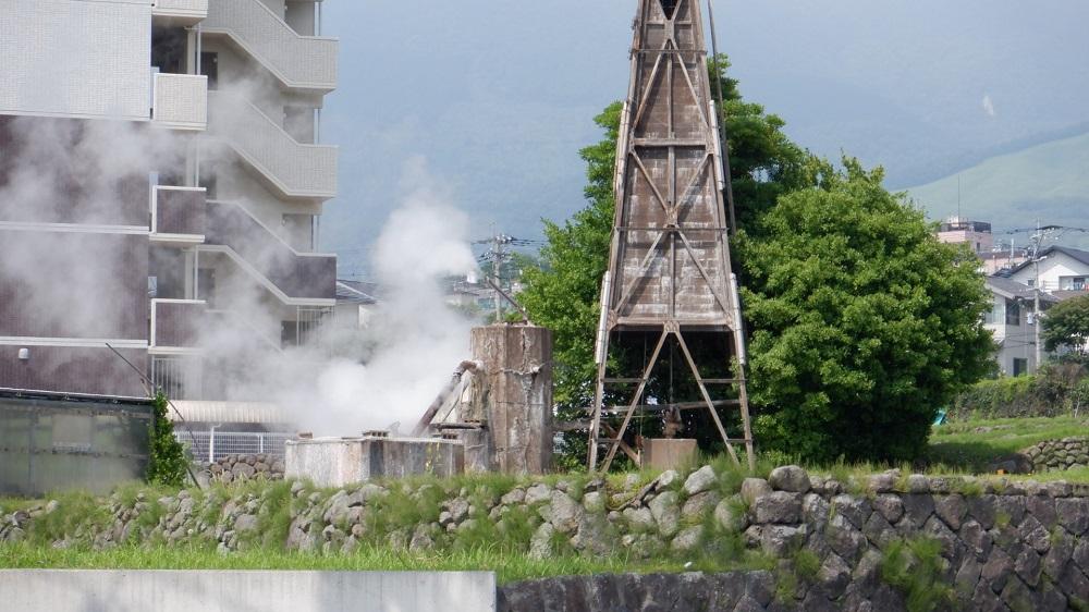 鉄輪温泉にある源泉塔