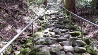 大分県豊後高田市【熊野磨崖仏】(訪問2) 鬼が築いたと伝えられる道の先