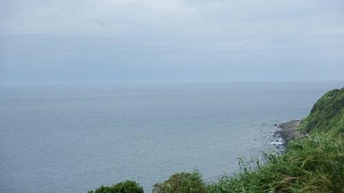生月島内の道路から見た海