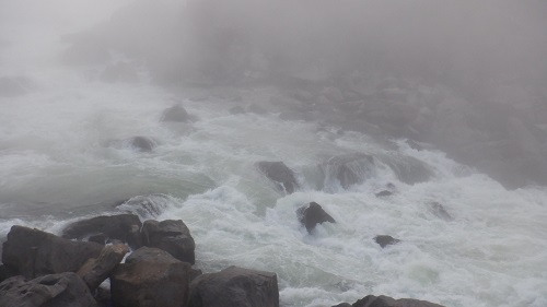 曾木の滝の激流