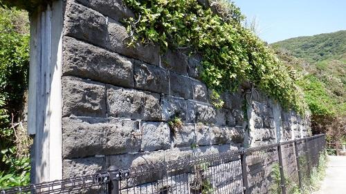 佐多岬灯台守官舎跡の壁