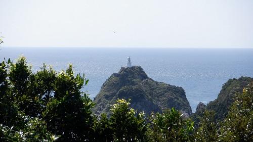 佐多岬公園第2駐車場から見た白い灯台