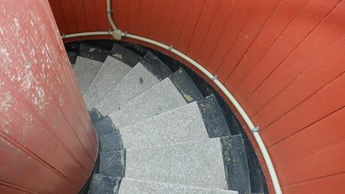 角島灯台内のらせん階段