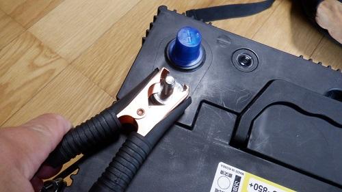 バッテリーと接続するアクセサリー