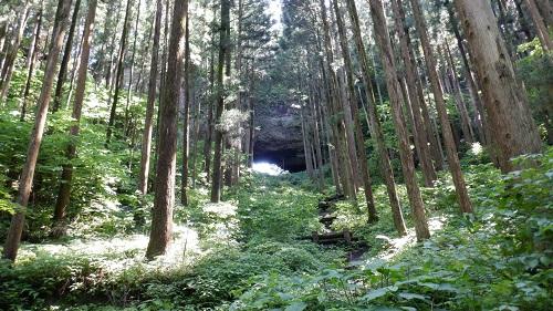 上色見熊野座神社 の大風穴