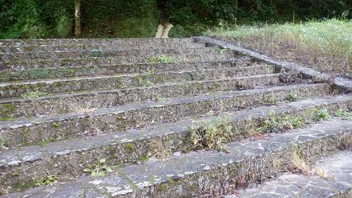 神川大滝の大滝への階段
