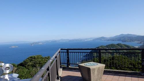 権現山展望台から見た海の光景
