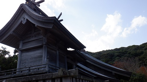 白兎神社本殿の裏側