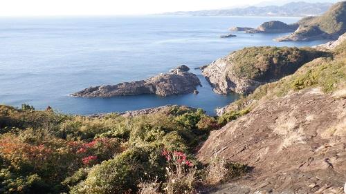 クルスの海と周辺の光景