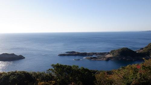 細島灯台から見たクルスの海
