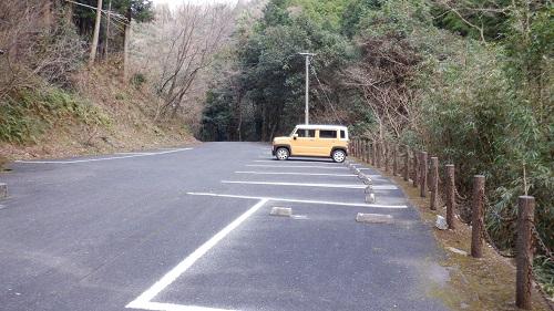 福貴野の滝駐車場