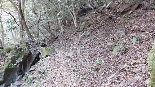 福貴野の滝の道が見えない遊歩道