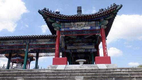 孔子公園にある建物
