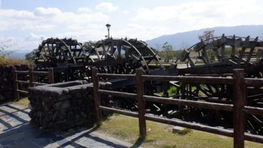 福岡県朝倉郡にある三連水車