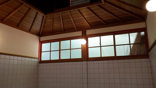 武雄温泉かつての浴室の天井