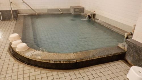 武雄温泉蓬莱湯の湯舟