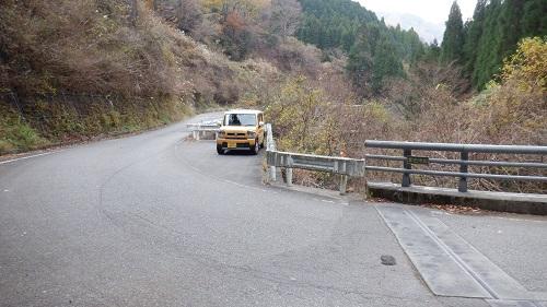 常光寺の滝駐車スペース