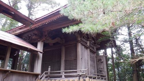 鉾神社の拝殿奥にある本殿