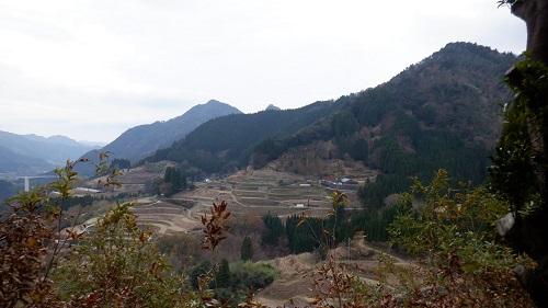 鉾神社境内から見た周辺の景色