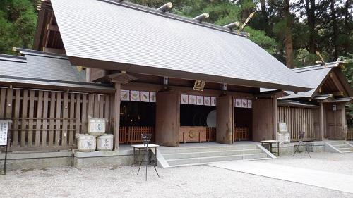 天岩戸神社拝殿全景