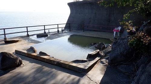 桜島シーサイドホテルの混浴にごり湯の露天風呂