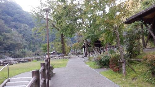 白滝公園内の遊歩道