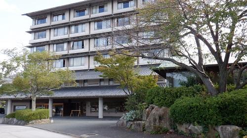 川棚グランドホテルの外観