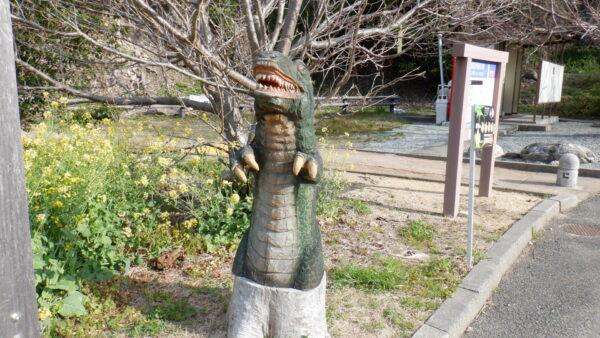恐竜の置物