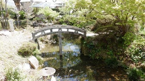 防府天満宮敷地内の石橋