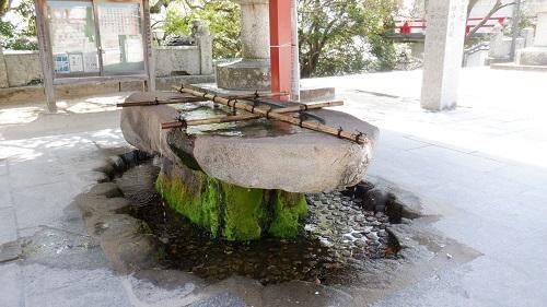 防府天満宮手水舎の水