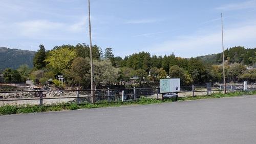 【三日月の滝】駐車場