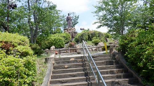 日和山公園の高杉晋作像